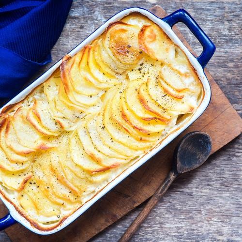 Bylinkové zapečené brambory